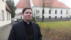 Šilutės evangelikų liuteronų bažnyčios kunigas R.Šemeklis.