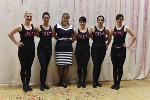 Kolektyvo Deima šokėjos po 12 metų pristačiusios šokį iš 2004 m. repertuaro+