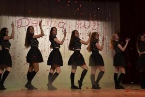 Kolektyvo Deima pasididžiavimas - 16-19 m. merginų grupė+