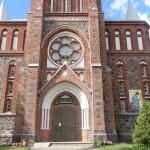 Akmenės bažnyčia.