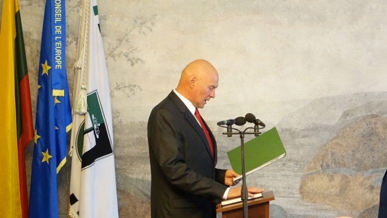 A.S.Nausėda tarnauti Lietuvai netrukus Seime prisieks ant Lietuvos Konstitucijos.