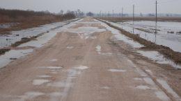Kelias į Mingę - šviečiasi asfaltas šiemet.