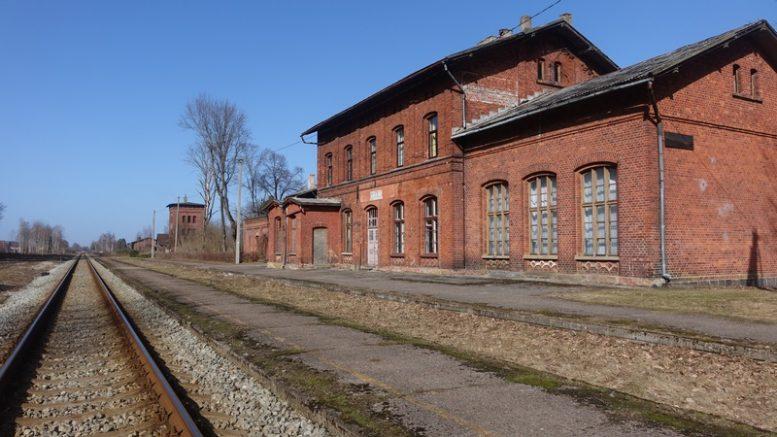 Uždaryta Priekulės geležinkelio stotis tapo vienu iš Kultūros sostinės simbolių.