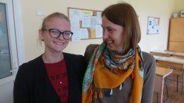 Greta Gudaitytė ir jos mokytoja V.Galinskienė.