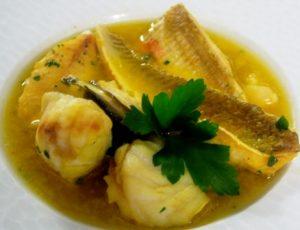Šilutės žuvies sriuba (Fischsuppe) su sterku ir bulvių košės kukuliais