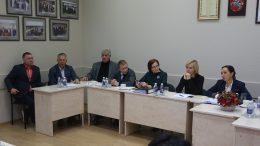 Šilutės savivaldybės tarybos Socialinio komiteto nariai.  S.Tamašauskienė pirma iš dešinės.