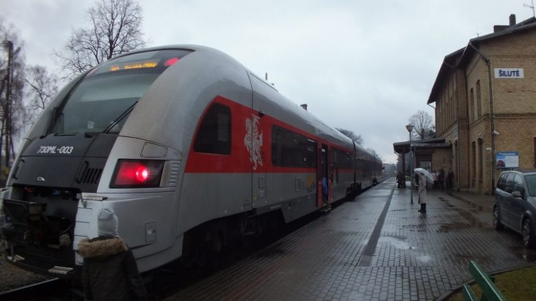 Traukinys_01-19