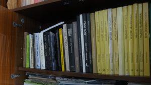 B.Aleknavičius yra išleidęs 30 knygų. Didžioji dalis foto pasakojimai.
